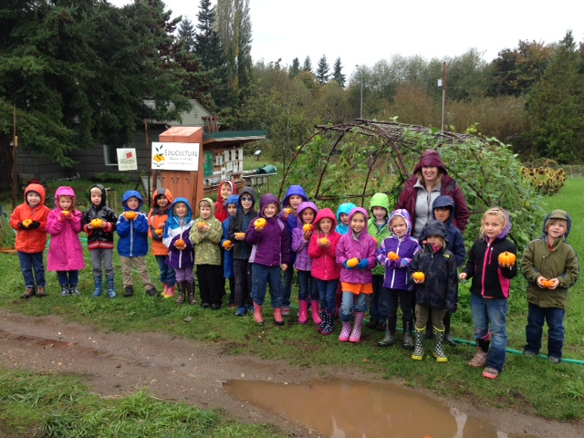 Kim Trefero with her 1st graders at Morales Farm.