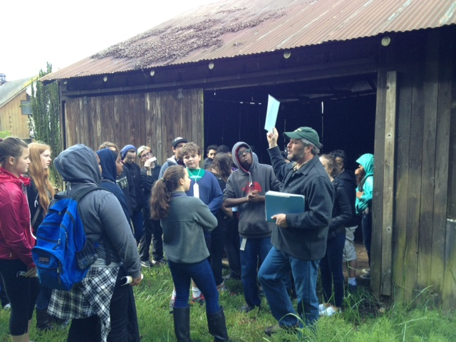 EduCulture's Jon Garfunkel takes TOPS 8th graders from Seattle on a tour of Historic Suyematsu Farm as part of our Only What We Can Carry (OWWCC) heritage education program.